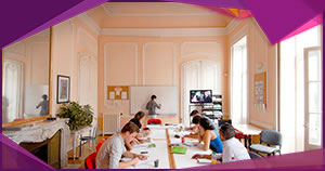 French courses in Montpellier: Students in a beautiful 18th century classroom