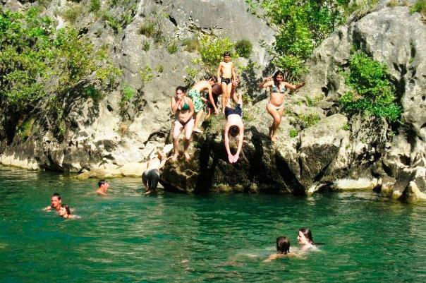 Aktivitäten in Montpellier - IEF - Schwimmen und Tauchen in einem See