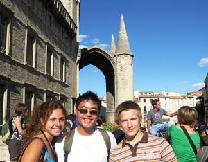 Aktivitäten in Montpellier - IEF - Glückliche Studenten