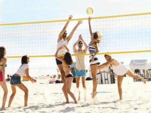 Activités sportives sur la plage