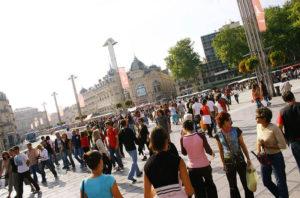 People at the Place de la Comédie