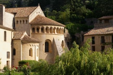 abbaye-de-gellone-a-st-guilhem-le-desert